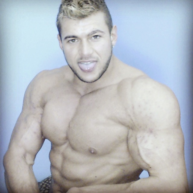 Biceps Hot Flexing Hunk Pecs Sweat Alpha Bum Armpit Fetish Oil Domination Masturbation Bodybuilder Gay FleshLight