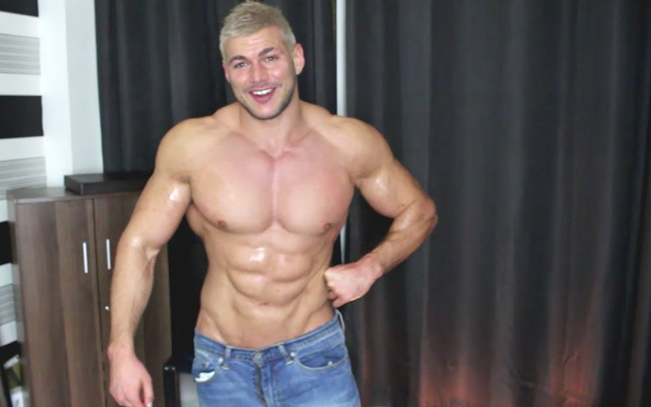 Bodybuilder cum squirting in a private show - Joshua Armstrong